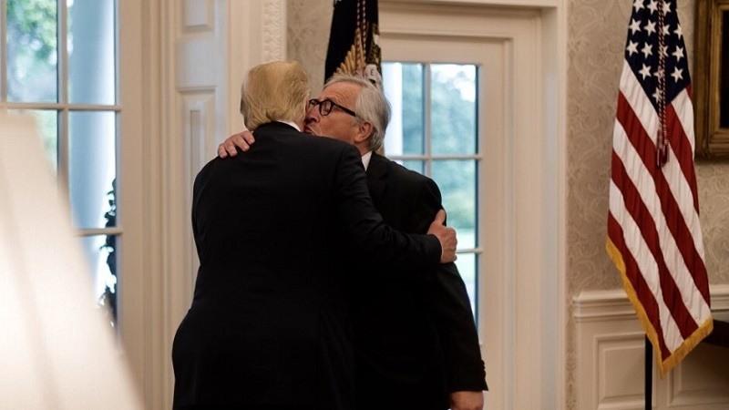 Estados Unidos y la Unión Europea alcanzan una tregua en la guerra comercial