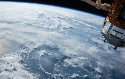 La Agencia Espacial Europea construirá una red de satélites en la Luna