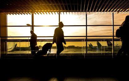 La llegada de pasajeros aéreos internacionales crece un 71% en un mes