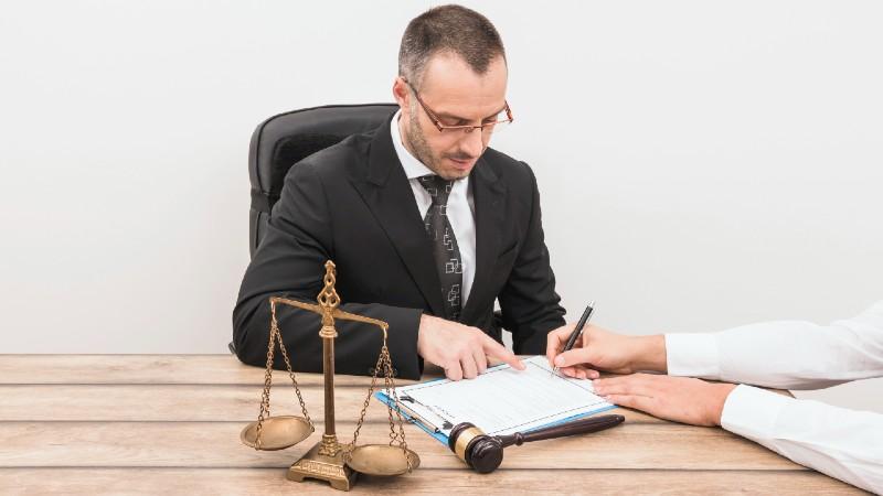 Elegir un buen abogado penalista